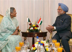 Prime Minister, Manmohan Singh holds bialateral meeting with his Bangladeshi counterpart, Sheikh Haseena at Sharm-AL-Shiekh in Egypt on Wednesday. PTI