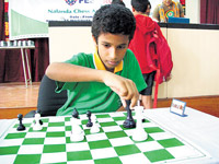 Karthikeyan Murali of Tamil Nadu moved into the sole lead in the boys' section.