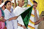 Union Railway Minister Mamata Banerjee flags off 'Andolan Local' train at