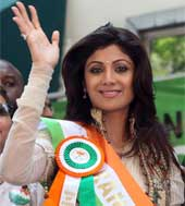 Shilpa Shetty greets Indian Americans