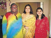 Human Dynamo: Meena Rao (centre), who currently heads the Kaveri Kannada Koota in the US, is brimming with ideas to nuture art, culture and community service among its members.