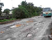 A file photo of the Shiradi Ghat road. DH Photo