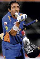 RED HOT!: Robin Uthappa blows a kiss after scoring a half-century. DH photo