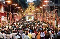 The all-night dasara procession from Gokarnanatheshwara temple in Mangalore on Vijayadashami takes a 10-km route, twice as long as Mysore's Jamboo Savari. DH photo by Anand Bakshi