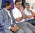 Hebbal Veterinary Hospital Dean Dr Yatiraj, BBMP Special Commissioner Maheswar Rao and KIMS Principal Dr Sudharshan at a function on World Rabies Day in Bangalore on  Monday. dh photo