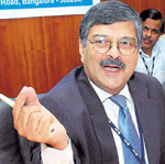 State Bank of Mysore, MD  Dilip Mavinkurve at the launch of the mobile Banking service in Bangalore on Thursday. DH Photo