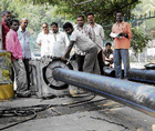 nOVEL idea: BWSSB's  innovative way of  laying pipes without blocking roads. DH Photo