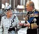 Queen's 'secret trip' to London theatre
