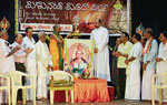 Odiyooru mutt pontiff Sri Datta Gurudevananda Swamy inaugurating the Deepavali harmony meet at Town Hall in Mangalore on Sunday. dh photo
