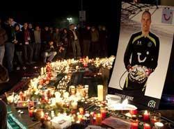 Germany goalkeeper Robert Enke commits suicide