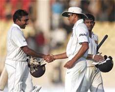Mahela special puts India in a spot