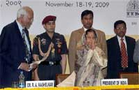 President Pratibha Patil with CSIR Director General, RA Mashelkar during the 5th National Grassroots Innovation and outstanding Traditional Knowledge Award function at Pusa , in New Delhi . PTI