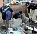 Peshawar court complex attacked, 16 killed