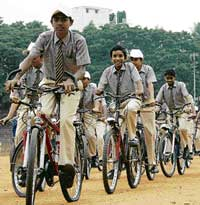 Students participating in the 'Bicycle Eco-Rally' in Bangalore on Wednesday. KPN