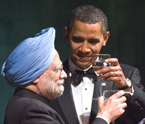 President Barack Obama makes a toast with Prime Minister Manmohan Singh during a State Dinner on the South Lawn of the White House in Washington. Photo AFP
