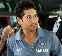 Bal gets 'Mumbai for all' bouncer
