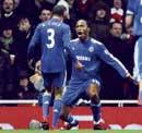 Drogba dazzles in Chelsea victory