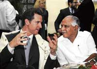 Mayor of San Francisco Gavin Newsom with Chief Minister Yeddyurappa in Bangalore on Monday. DH Photo