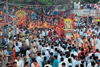 Devotees taking part in Shobhayathre held as part of Datta Jayanthi in Chikmagalur. DH photo
