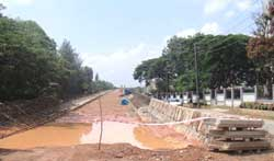 Half completed flyover at Kadugodi near Whitefiled - Photo by Manish Bhatia