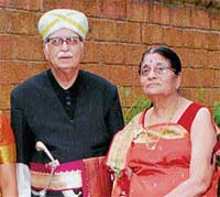 Admiration: L K Advani and wife in traditional Kodava  attire during his family trip to Kodagu. DH photo