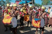 A view of Dollu kunitha as part of the procession for the fourth taluk Kannada Sahithya  Sammelan in Napoklu.  dh photo