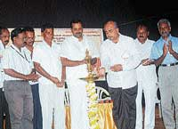MLA Yogish Bhat inaugurating SDMC - CAC Convention in Mangalore on Tuesday. DH photo