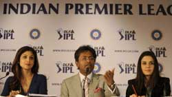 Commissioner of the Indian Premier League (IPL), Lalit Kumar Modi (C), accompanied by co-owner of 'Rajasthan Royals' Shilpa Shetty (L) with co-owner of