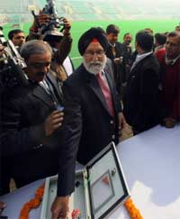 Sports Minister M.S. Gill (C) inaugurates the reconstructed Dhyan Chand National Hockey Stadium in New Delhi on Sunday. AFP