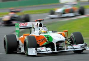 Force India-Mercedes driver Adrian Sutil of Germany speeds through a corner during the second practice session for Formula One's Australian Grand Prix in Melbourne on March 26, 2010.  AFP