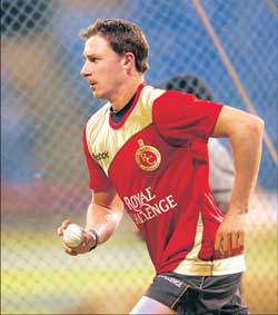 Royal Challengers paceman Dale Steyn during a practice session on Wednesday. DH photo/ Srikanta Sharma R