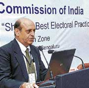 Chief Election Commissioner Navin Chawla at the Zonal Conference of Chief Electoral Officers (South Zone) in Bangalore on Wednesday. DH Photo