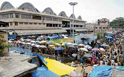 NO TAKERS? The City market complex constructed by BBMP. DH Photo