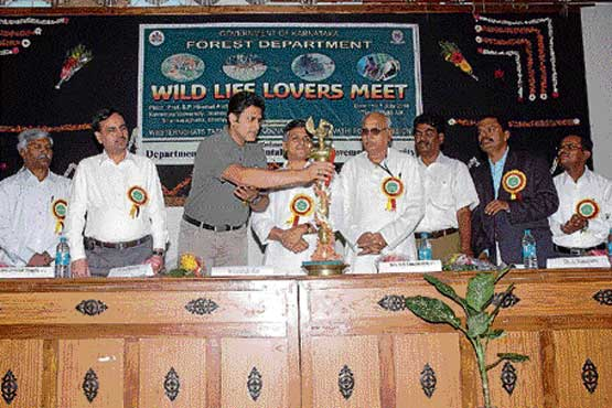 State Wildlife Protection Committee Vice-President Anil Kumble inaugurating the Wildlife Lovers' Meet at Kuvempu University in Shimoga on Saturday. DH photo