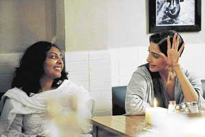 Rajshree Ojha with Sonam on the sets of the film 'Aisha'.