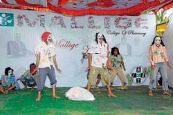 Festive: A cultural performance by students.