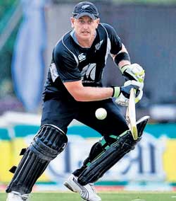 All-rounder Scott Styris says Roger Mortimer is trying to use his experience of training Olympic athletes to improve the New Zealand cricket team's preparations. Reuters