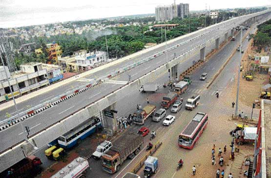 The work on 19.5-km elevated Yeshwanthpur-Nelamangala toll way is expected to be completed in about two weeks. dh Photo