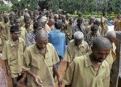 Inmates of the Beggars' Colony in Bangalore. DH photo