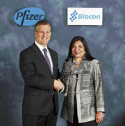 Pfizer Established Products Business Unit President & GM David Simmons with Biocon chief Kiran Mazumdar Shaw.