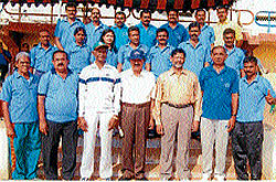 Veteran sportspersons belonging to Hassan District who won several prizes at the South India Veterans Athletic Championships held at Erode, Tamil Nadu recently. DH photo