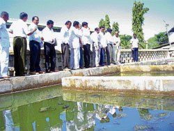 Water Board chairman S N Krishnaiah Setty paid a visit to the Bethamangala reservoir that supplies water to KGF. DH photo