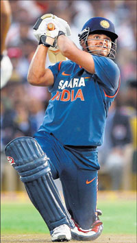 After a woefully modest series against South Africa, Suresh Raina is keen to cash in on the opportunity at the World Cup. FILE PHOTO
