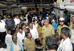 Melee at marriage: Police intervene to pacify angry relatives at the marriage.  DH Photo
