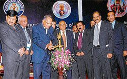 Rajiv Gandhi University of Health Sciences (RGUHS) Vice-chancellor Dr S Ramanand Shetty inaugurating 'Kapicon 2011' in Mysore on Friday. DH photo