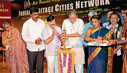 new start Minister for Urban Development S Suresh Kumar inaugurating third biennial conference of the Indian Heritage Cities Network, in Mysore on Saturday. Medical Education and District In-Charge Minister S A Ramdas, Mayor Pushpalatha T B Chikkanna, Deputy Mayor M J Ravikumar, IHCN-F Advisor Minja Yang and Chairperson Rathi Vinay Jha are seen. DH PHOTO