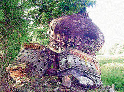 The collapsed 'Dove Cote' at Srirangapatna, in Mandya District. DH photo