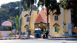 The High Grounds police station which was razed to ground for widening of Bellary Road. dh file photo