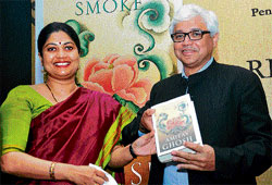 Ghosh-written: Amitav Ghosh releases his book 'River Of Smoke' in Bangalore on Monday. With him is Diya Kar Hazra of Hamish Hamilton, publisher of the book.  DH photo