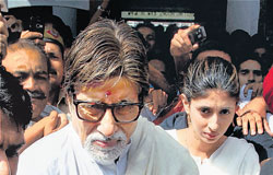 Bollywood actor Amitabh Bachchan and daughter Shweta Nanda come out of AIIMS after meeting ailing friend Amar Singh in New Delhi on Sunday. PTI